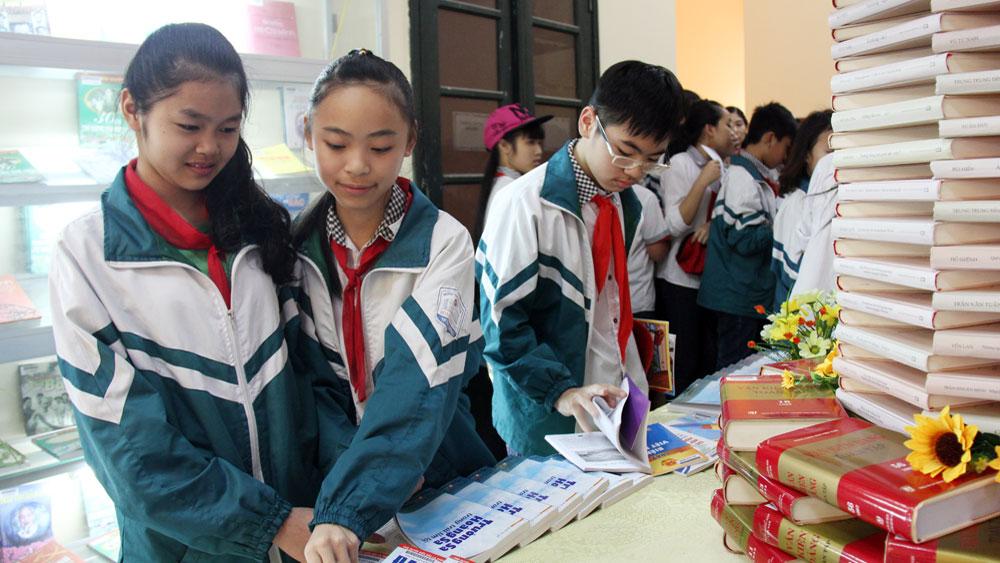 Cấp miễn phí thẻ thư viện cho độc giả nhân Ngày Sách Việt Nam